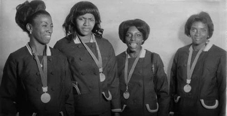 La cuarteta del 4x100 en México 68, ganadora de la medalla de plata: Fulgencia Romay, Marlene Ejalde, Violeta Quesada y Miguelina Cobián. Foto: Vanguardia.