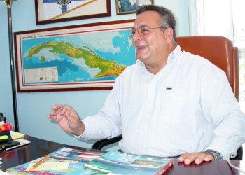 """José Miguel Díaz Escrich, comodoro del club náutico """"Marina Hemingway"""" de La Habana. Foto: yachtsinternational.com"""