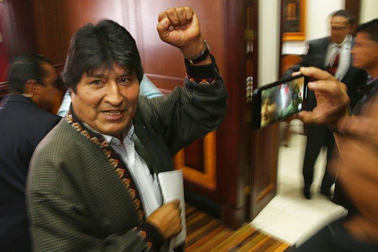 El expresidente de Bolivia, Evo Morales, después de una conferencia de prensa en el club de periodistas en la Ciudad de México, el miércoles 27 de noviembre de 2019. (AP Foto / Marco Ugarte)
