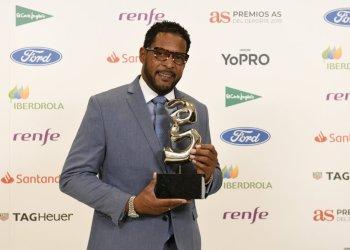 Javier Sotomayor recibió el premio As Leyenda, martes 3 de diciembre de 2019 en Madrid. Foto. As