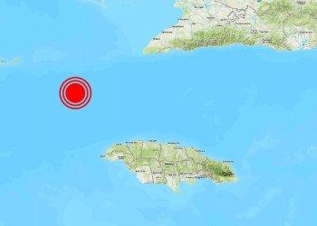 Localización del epicentro del terremoto de 7.7 grados de magnitud perceptible en Cuba y otros países del Caribe, la tarde del 28 de enero de 2020. Infografía: Rusia Today.