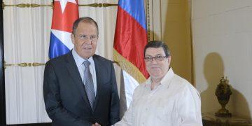 Bruno Rodríguez Parrilla (D), Ministro de Relaciones Exteriores de Cuba, recibe a Serguei Lavrov, Canciller de la Federación Rusa, en el Ministerio de Relaciones Exteriores (MINREX), en La Habana, el 24 de julio de 2019.  Foto: Ariel Ley/ACN.