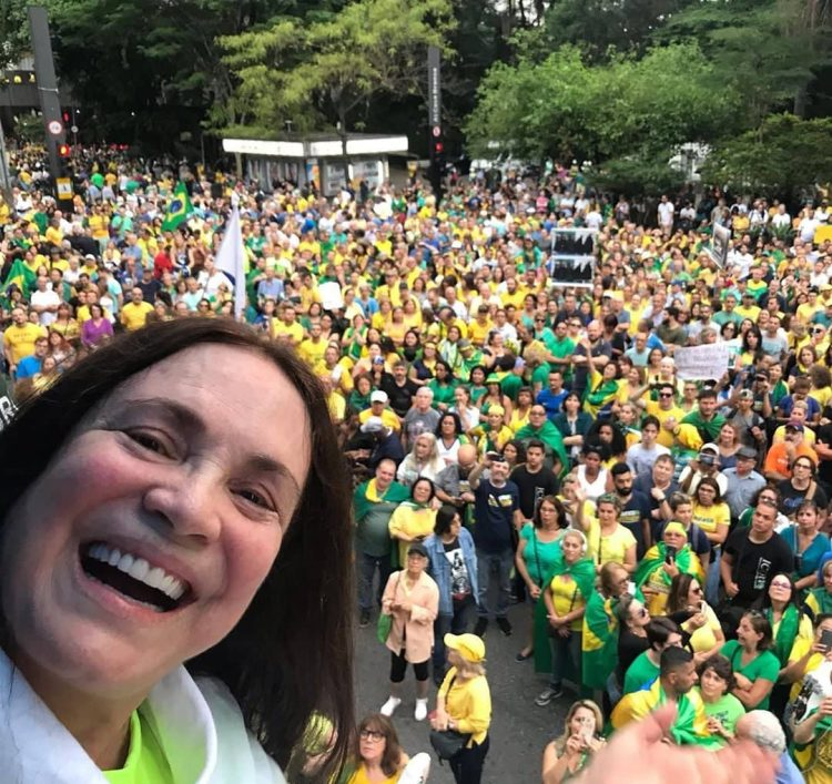 Regina Duarte. Foto: Instagram.