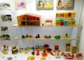 vitrina-cocinita-exposición-infancia presente