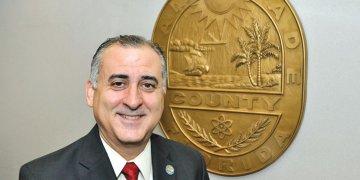 El comisionado Esteban Bovo | Miami Dade County