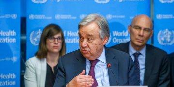 El secretario general de la ONU, Antonio Guterres, habla durante una conferencia sobre el nuevo coronavirus en la sede de la Organización Mundial de la Salud, en Ginebra, Suiza. Foto: Salvatore Di Nolfi/Keystone via AP.