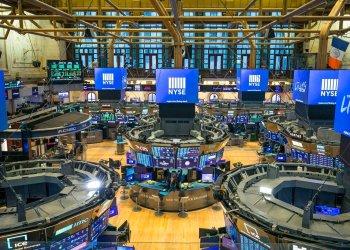 Bolsa de Valores de Nueva York debió  cerrar temporalmente por primera vez en 228 años debido al coronavirus, el martes 24 de marzo de 2020. Foto: Kearney Ferguson/NYSE vía AP.