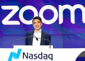 El CEO de Zoom, Eric Yuan, en la bolsa de Nueva York, el 18 de abril de 2019. Foto: AP Foto/Mark Lennihan, File.