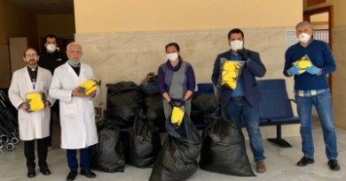 El Ayuntamiento de Gines entrega las primeras 13.000 mascarillas elaboradas por voluntarios a través del proyecto 'Máscaras de Luz