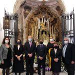 OFRENDA FLORAL DEL AYUNTAMIENTO DE OLIVARES A LAS HERMANDADES DE LA LOCALIDAD