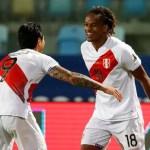 Perú empató 2-2 con Ecuador y quedó a un paso de cuartos de la Copa América