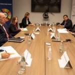 Presidente del Banco Mundial alienta reforma tributaria en Perú tras reunión con Pedro Castillo