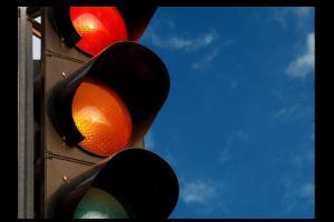 La Avenida de la Hispanidad cuenta con nuevos semáforos y paso de peatones