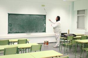 El Ayuntamiento destina 127.500 euros para 46 equipamientos escolares
