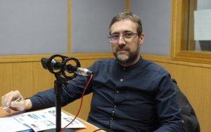 El concejal de Empleo inicia la programación sobre el CIFE en Onda Fuenlabrada