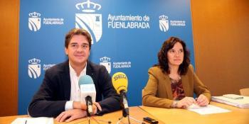 Javier Ayala y Raquel López