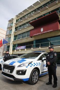 PRESENTACION NUEVOS COCHES POLICIA