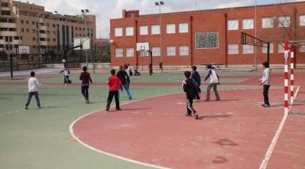 El Ayuntamiento fomenta la actividad física con la subvención de material deportivo en los colegios
