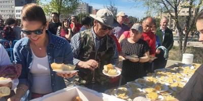 Miles de fuenlabreños y fuenlabreñas disfrutan del Día de la Tortilla