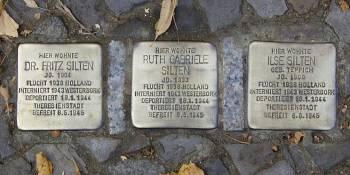 """El escultor alemán Günter Demnig trae a Fuenlabrada """"Ladrillos de la memoria"""""""