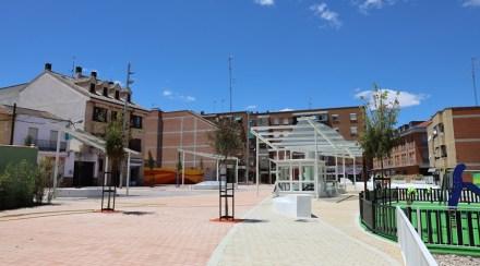 La plaza del Tesillo ya luce con su nuevo aspecto tras las obras