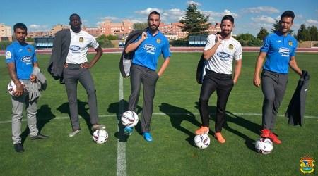 El Fuenla presenta su nueva piel para su debut en la Segunda división