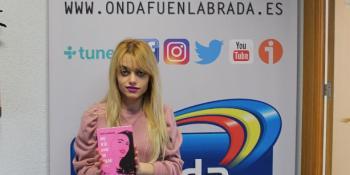 Nuria Burgueño presenta su obra en Onda Fuenlabrada