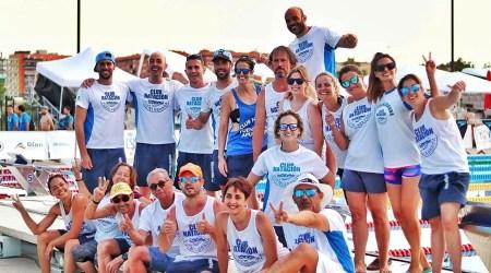 El Club Natación Fuenlabrada dona 1400 euros al Hospital de Fuenlabrada