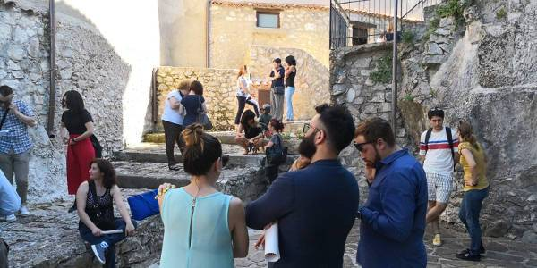 Sant'Angelo Le Fratte in attesa per il casting