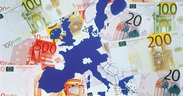 ue-europa-mappa-euro-banconote-corbis--672x351.jpg