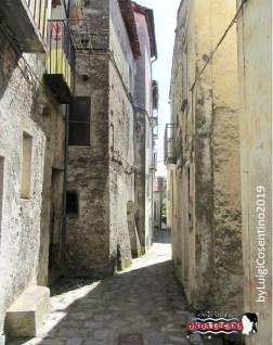 Immagine tratta da repertorio di Onda Lucana®by Luigi Cosentino 2019 Rivello e i suoi vicoli