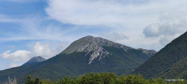 da Serra del Prete il Monte Pollino e Serra Dolcedorme