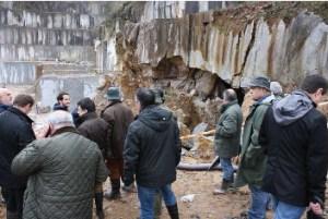 Visita de las autoridades a la Cueva de Zelaieta 3 tras la voladura. (Fuente erran.eus)