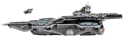 Lego-Avengers-Helicarrier-4