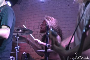 void le blogg lyon metal for nepal