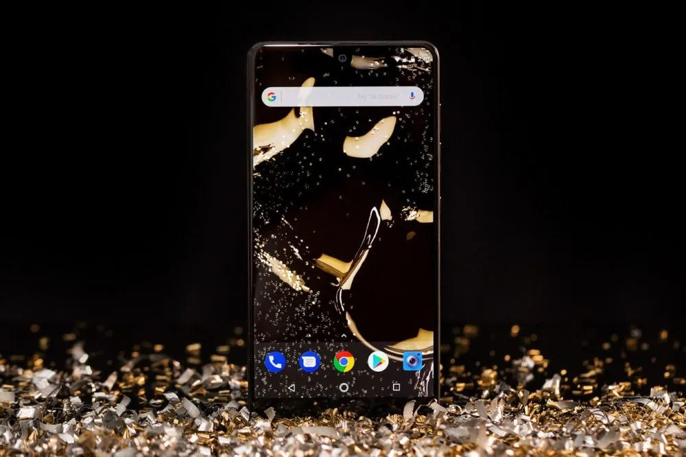 Essential Phone PH-1