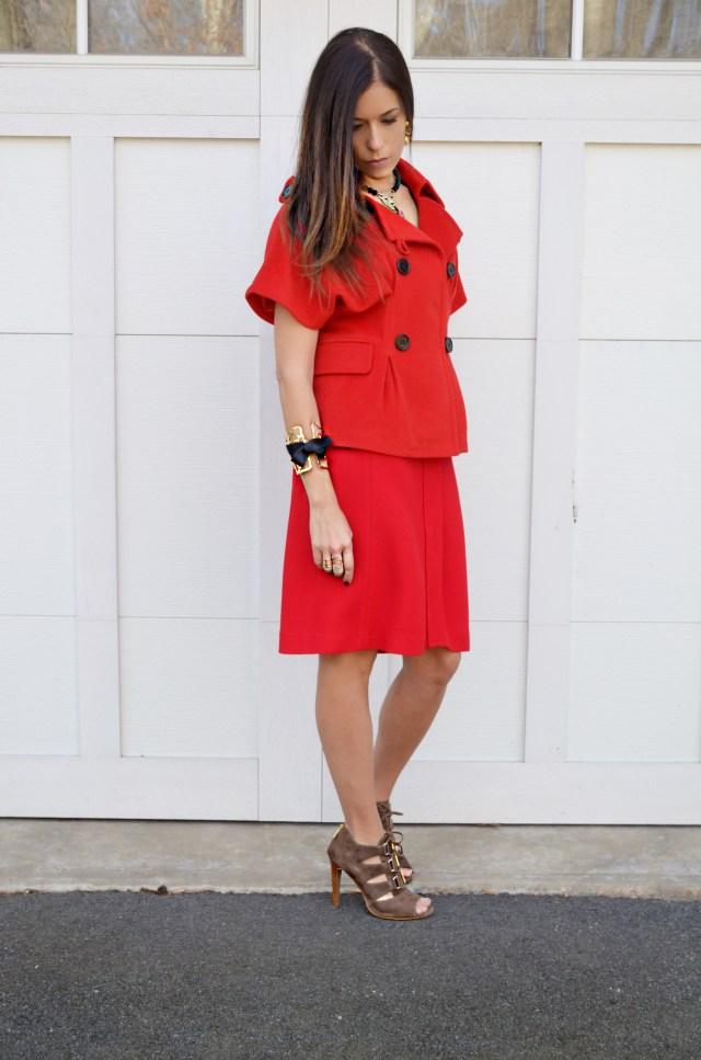 red-look-woman