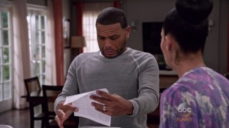 Blackish.S02E13.720p.HDTV.x264.AAC.350MB-SS -={SPARROW}=-.mp4_snapshot_00.44_[2016.01.22_20.18.51]