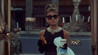 Mic dejun la Tiffany (1961).mkv_snapshot_00.01.44_[2016.01.04_17.00.53]