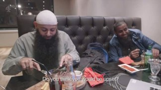 The.Jihadis.Next.Door.XviD-AFG.avi_snapshot_30.25_[2016.01.20_20.42.17]