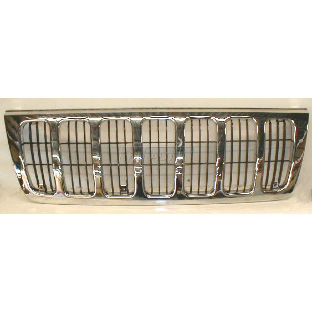 grill chrome grand new avanza perbedaan veloz 1.3 dan 1.5 front end grille and black for 99 03 jeep