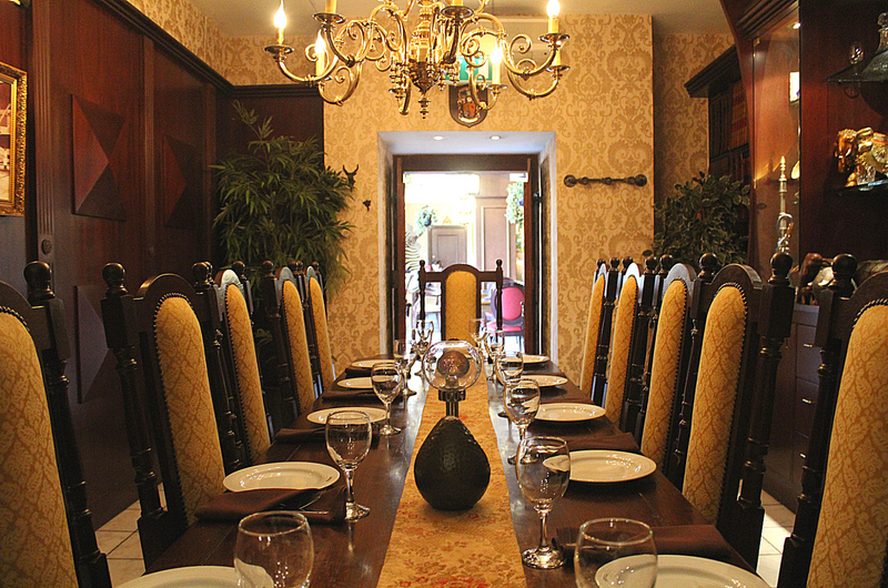 Itihaas Birmingham: Dining in Style