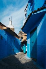 chefchaouen_woman_in_blue_mini