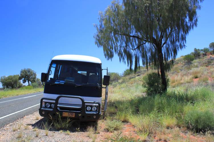 Bus for 3-day uluru tour