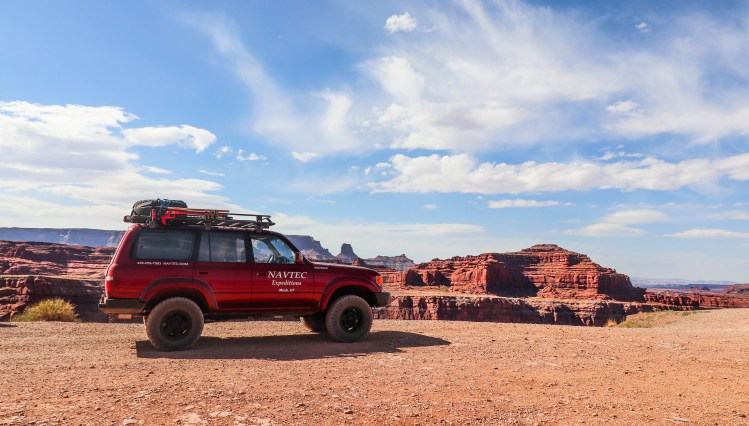 off roading tour canyonlands