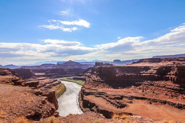 river running through canyonlands NP