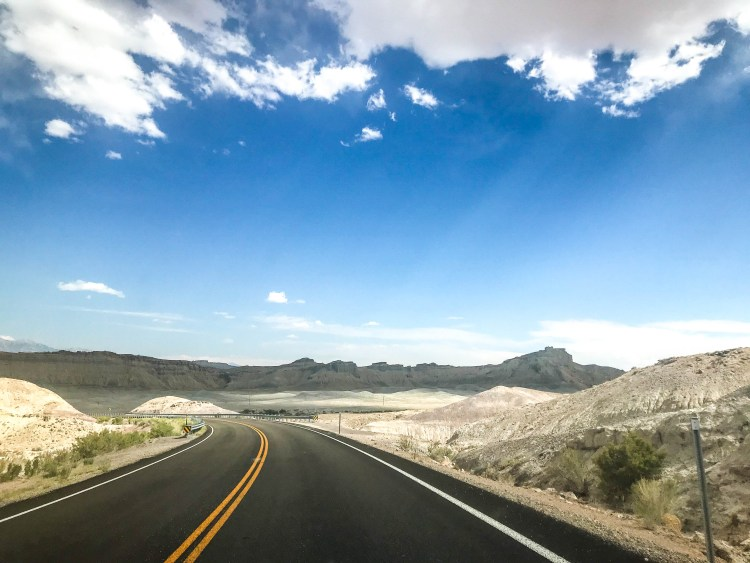 Scenic drive along Utah's Byway 12