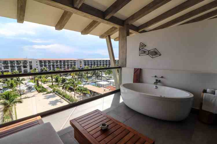 UNICO 20 87 Hotel Riviera Maya Mexico- Alcoba Ocean View Bathtub