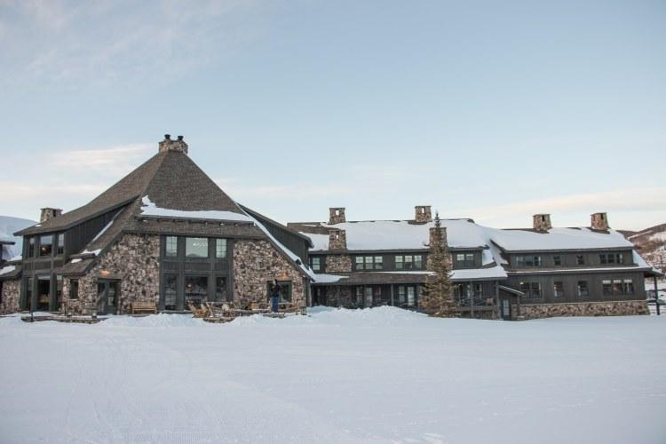 Visiting Devils Thumb Ranch - Hecks Tavern Lodge
