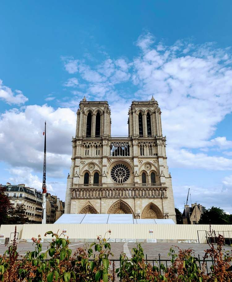 Romantic Weekend in Paris - Notre Dame